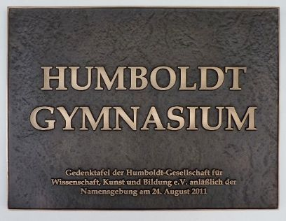 Gedenktafel am Humboldt-Gymnasium Hettstedt